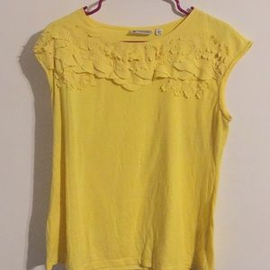 Blouse with yellow flowers